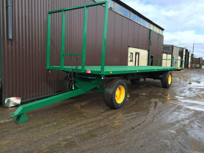 32ft 4 wheel bale trailer