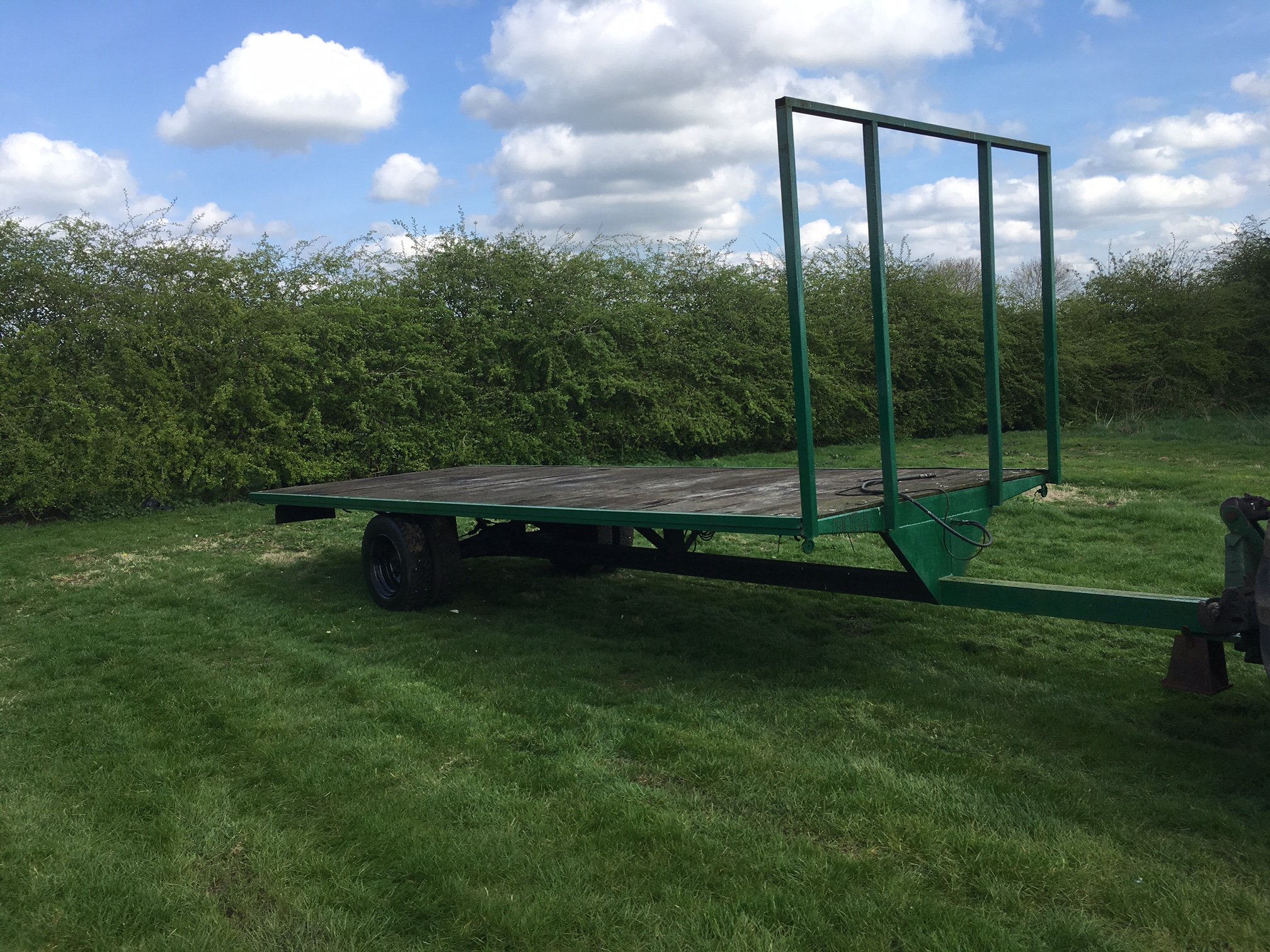 20 ft 6 ton bale trailer