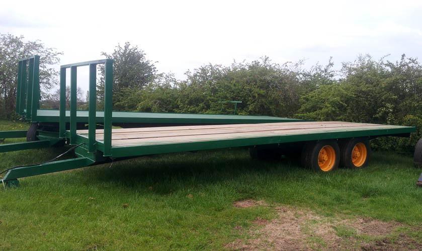 28ft tandem axle bale trailer